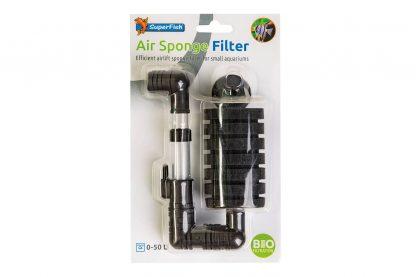 De Superfish Spons Luchtfilter is een eenvoudig maar zeer effectieve biologische filter voor kleine aquaria. Je sluit het filter aan op een luchtpompje. Nuttige bacteriën hechten zich vervolgens aan de spons en zorgen voor een biologische filtratie.