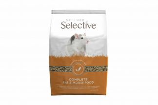 De Supreme Selective Mouse & Rat is een pelletvoer met appel en zwarte aalbessen! De unieke vegetarische receptuur is voorzien van alle noodzakelijke voedingsstoffen en daardoor een complete maaltijd. Ook zeer geschikt voor kieskeurige eters of herstellende ratten en muizen.