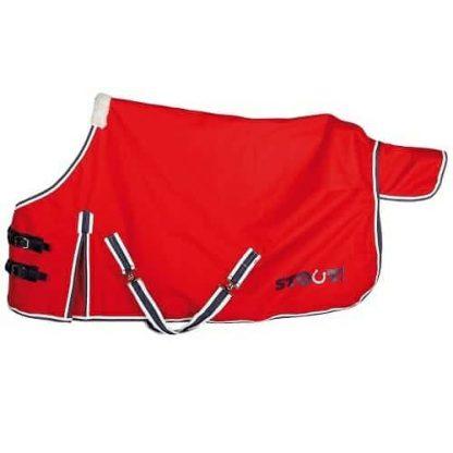Harry's Horse regendeken Stout! is een 0 grams waterdichte deken metnylon voering, geen naad op de rug en geen vulling.