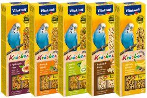 De Vitakraft kräcker parkiet is een verantwoorde lekkernij en bevatten lekkere granen, zaden, honing en sesam op een natuurlijk knabbelhoutje.