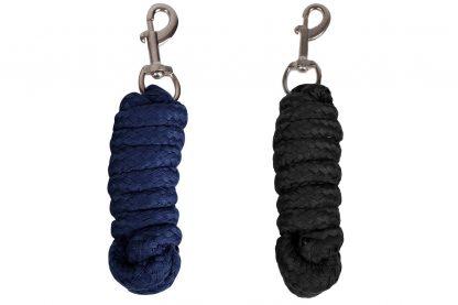 Het QHP halstertouw comfort is een degelijk halstertouw gemaakt van een zacht materiaal, met een zilverkleurige musketonhaak. Het touw is 2 meter lang.