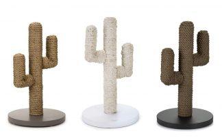 De Beeztees Designed By Lotte houten krabpaal heeft een super leuke cactus vorm, waardoor deze hip staat in uw interieur. Gemaakt van manilla touw en een stevige bodemplaat, waardoor uw kat uren plezier heeft van deze krabpaal.
