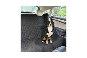 De Duvo beschermdeken achterbank zorgt ervoor dat uw hond aangenaam mee kan op de achterbank van uw auto. De hoes is gemaakt van scheurvast en comfortabel materiaal en beschermt uw achterbank tegen haren, krassen en vlekken.