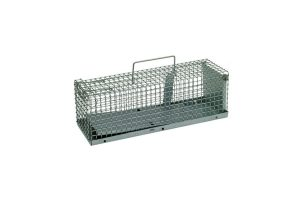 De Edialux rattenvangkooi is gemaakt van gegalvaniseerd staal om roest te voorkomen. De kooi is uitgerust met een handvat om hem gemakkelijk te kunnen verplaatsen.