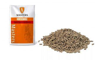 De Masters Vit-Crix paardenvoeding is een compleet mengsel van vitaminen, mineralen en sporenelementen. Deze paardenvoeding is een goede aanvulling op het rantsoen zonder krachtvoer.