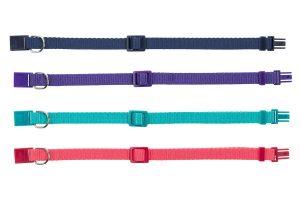 De Trixie Premium kattenhalsband is gemaakt van nylon. Het bandje is verkrijgbaar in verschillende felle kleuren en dit halsbandje is volledig verstelbaar.