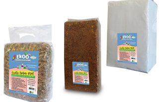 De Ekoo Exotic Kokos grof bodembedekker is een natuurlijk product en gaat zeer lang mee. Deze bodembedekker is gemaakt van stukjes kokosnoot (90%) aangevuld met kokosnootvezel (10%).
