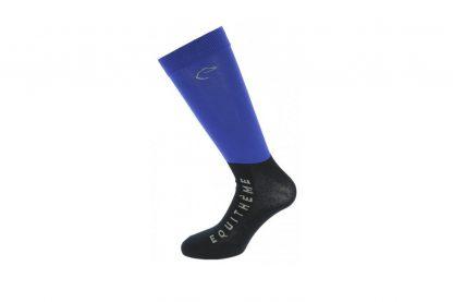 De Equi-Thème Compet sokken zijn extra dunne wedstrijdsokken. Ze zijn verkrijgbaar in twee verschillende kleuren en verpakt per twee paar.