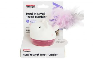 De Petstages Hunt 'n Swat Treat Tumbler rolt en wiebelt terwijl uw kat de snoepjes probeert te pakken. Doordat je de moeilijkheidsgraad makkelijk kunt aanpassen, heeft uw kat uren speelplezier!