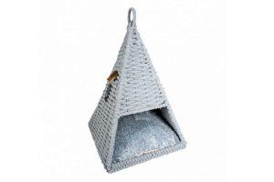 Duvo+ Oyster Tipi is gemaakt van hoogwaardig katoentouw en een stevig metalen frame. Creëer een comfortabele en stijlvolle rust- en slaapplaats voor uw huisdier. De Tipi is voorzien van een heerlijk warm en zacht kussen. Het leuke design zorgt ervoor dat perfect in elk interieur past.