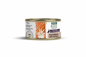 Vigor & Sage Cat Vers-In-Blik Salmon Lily Root is gemaakt van natuurlijke ingrediënten verrijkt met kruiden. Daarnaast zorgt vers ontbeend spiervlees of verse zalm ook voor een compacte ontlasting.