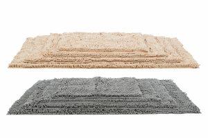De Trixie schoonloopmat is voorzien van extra lange microvezels, waardoor de poten van jouw hond droger op het moment dat ze op de mat stappen.