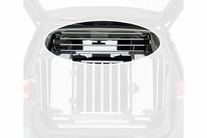 Het Trixie Uitbreiding voor Universeel-achterhek zorgt ervoor dat jij eenvoudig van de bagageruimte in de auto een veilige hondenbox maakt. Gemakkelijk te monteren aan het achterhek, zodat jouw hond nog veiliger in de auto zit