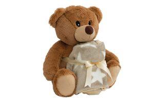 De Petlando Knuffelset - Moodles Teddy Toto bestaat uit een heerlijke fleecedeken samen met een stevige olifant knuffel. Zeer leuk om iemand cadeau te geven wanneer bekende een nieuwe pup of kitten hebben. Ook verkrijgbaar als leuke knuffelolifant variant!