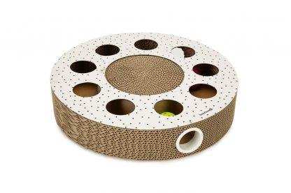 Beeztees Hide Krabspeelgoed karton voorziet de kat in de natuurlijke krabdrift, waardoor de meubels in huis heel blijven.