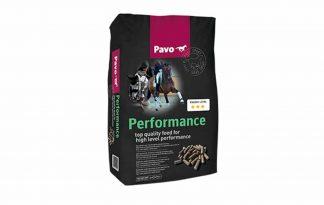 e Pavo Performance is een hoogwaardige brok speciaal ontwikkeld voor sportpaarden. De brok ondersteunt een maximaal uithoudingsvermogen en ook een topfitte, glanzende uitstraling.