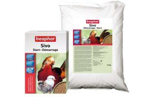 Sivo Start is een hoogwaardig en volledig kruimelvoer voor kuikens van fazantachtigen, kippen, kwartels, kalkoenen, patrijzen, pauwen, sierhoenders en parelhoenders. De grootte van de kruimels is afgestemd op de kleinste soort, en daardoor makkelijk opneembaar.
