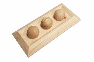 De Duvo+ Sniffle 'n snack knaagdierpuzzel is gemaakt van kwaliteitshout en heeft uitsparingen, zodat je brokjes kan verstoppen. Plaats een lekkere snack in de uitsparingen van de puzzel, de leuke beloning zal je dier stimuleren om meer te spelen en te bewegen.