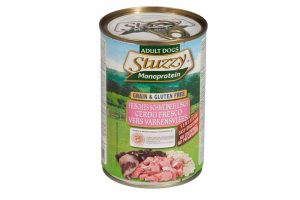 Stuzzy Monoprotein blik vers varkensvlees is geschikt voor alle honden en in het bijzonder voor gevoelige rassen. De voeding is graan- en glutenvrij en heeft daarnaast een enkelvoudige bron van dierlijke eiwitten.