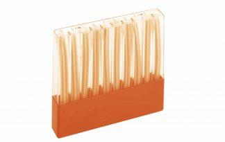 De Gardena shampoostaafjes zorgen ervoor dat schoonmaken van gelakte en kunststof oppervlakte nog makkelijker wordt! Je kan het staafje eenvoudig in een handschrobber of handwasborstel plaatsen, waarna ze automatisch met het water mengen en zo de borstel voorzien van zeep.