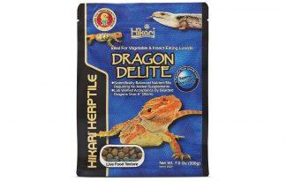 De Hikari Reptile Dragon Delite is een uniek uitgebalanceerd korrelvoer met ingrediënten van insecten en planten met nauwkeurige niveaus van vitamines en mineralen (vooral calcium), voor insecten en groenten etende hagedissen, zoals de Baardagaam.