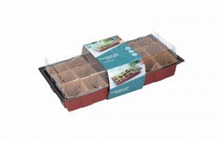 De Sogo kweekkas is ideaal voor het opkweken van zaden en stekjes. Het voordeel van de biologische turfpotjes is dat ze vergaan in de aarde en dat je daardoor geen wortels kan beschadigen.