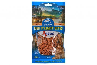 De Antos Fish D'light Bites hondensnack is ideaal om te gebruiken tijdens een training of wandeling, doordat de beloning 100% natuurlijk is. Daarnaast zijn ze zacht, zodat honden ze gemakkelijk en snel op eten. De heerlijke zalmsmaak maakt de snack onweerstaanbaar voor honden.