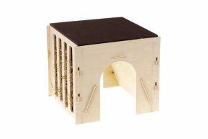 De Ferplast hooiruif 2 is geschikt voor cavia's en konijnen. Je kan het hooi eenvoudig bijvullen door het dakje aan de bovenzijde te verschuiven. Daarnaast is de hooiruif gemaakt van FSC gecertificeerd hout en daardoor is de hooiruif ook duurzaam.