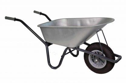 Klus kruiwagen gecoat frame 85L verzinkt is erg stevig en heeft een grote inhoud. Voorzien van een gecoat frame. Ideaal voor in stal of tuin.