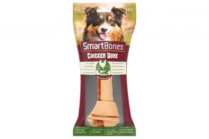 De SmartBones Chicken Large is een onweerstaanbare smakelijk snack voor honden. Het kauwbot is gemaakt van een buitenste laag met groenten om daarna van de binnenkant met kip te smullen. Verrijkt met een vitamines en mineralen en bevatten daarnaast weinig vet en zijn gemakkelijk te verteren. Door het schurende effect van het bot ondersteun je een gezond gebit.