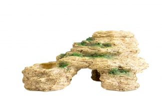 De Terra Della Grot met meelwormenschaal en drinkbak is multifunctioneel en ook nog eens mooi om te zien. De decoratieve grot zorgt ervoor dat jouw dieren een fijne schuilplaats hebben in het verblijf.