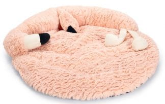 Het Beeztees Flamingo Giba kattenkussen is een superschattig kussen voor jouw kitten. Het kussen is superzacht en ligt daardoor heerlijk.