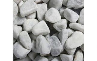 Het Carrara white aquariumgrind van Aqua Della is ideaal om te gebruiken als ondergrond voor plantenwortels.
