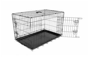 Deze Duvo + draadkooi is een praktische hondenbench. Doordat de bench meerdere deurtjes heeft, kunt u altijd gemakkelijk de kooi openen en sluiten. Voorzien van anti-slip voetjes, zodat hij stevig op zijn plek blijft staan.