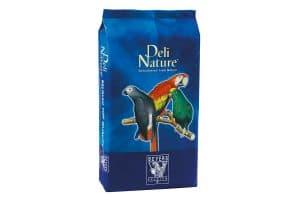 De Deli Nature 64 Papegaaien is een gevarieerde fruit mengeling. Verrijkt met een hoog aandeel fruit, zoals papaya en ananas.