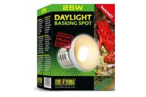 De Exo Terra Daylight Basking Spot Nano is een breedspectrum daglicht lamp met een Neodymium coating. Speciaal voor de kleinere terrariums.