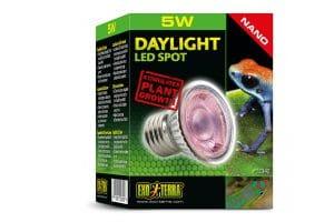 De Exo Terra Daylight Basking LED-Spot Nano is ideaal om overdag een natuurlijke lichtcyclus te creëren voor kleine reptielen, amfibieën en ongewervelde dieren. Geschikt voor kleine terrariums.