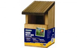De Gardman Nestkast roodborstje heeft een open voorkant die speciaal is ontworpen als vogelhuisje voor roodborstjes.