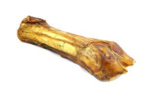 De Gedroogde Runder Onderpoot is 100% natuurlijk en afkomstig van het rund. Een heerlijke kauwsnack voor je hond. Dit gedroogde bot is onweerstaanbaar voor jouw hond. Dat wordt smullen!