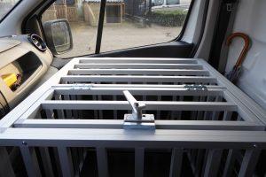 Maatwerk hondenbench aluminium