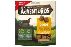 De Purina Adventuros Kalkoensmaak snack bevat geen toegevoegde kunstmatige kleurstoffen