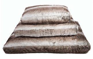 Lex & Max Royal Fur zilvervos hondenkussen