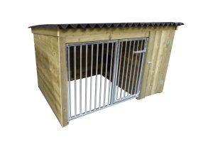 Maatwerk hondenkennel met nachthok, laag model 04