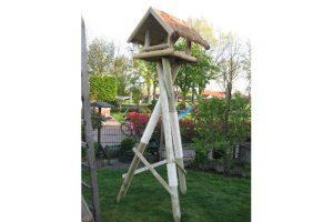 Maatwerk outdoor krabpaal met huisje