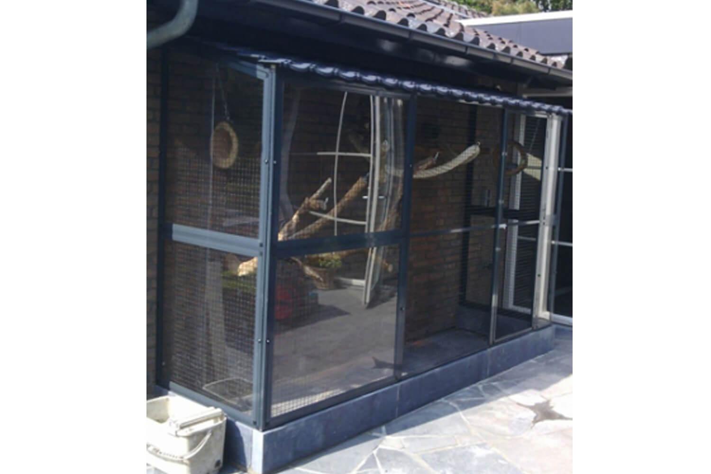 Plexiglas Windscherm Tuin : Volière met windscherm → dierencompleet