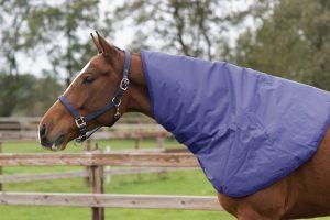 QHP Halsstuk blauw voor regendeken Deluxe, 0 & 200 grams